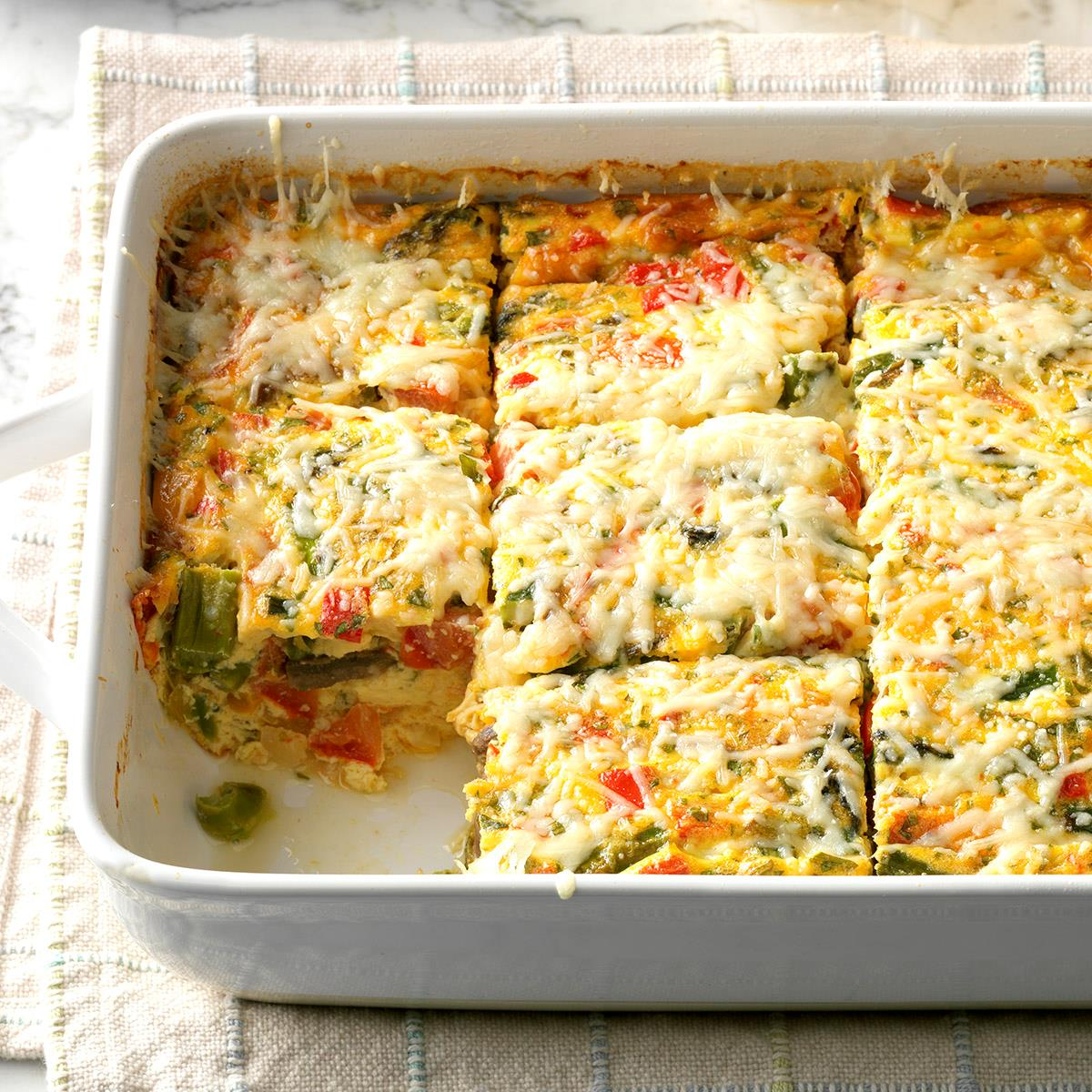 Easy Breakfast Dish: Colorful Brunch Frittata Recipe
