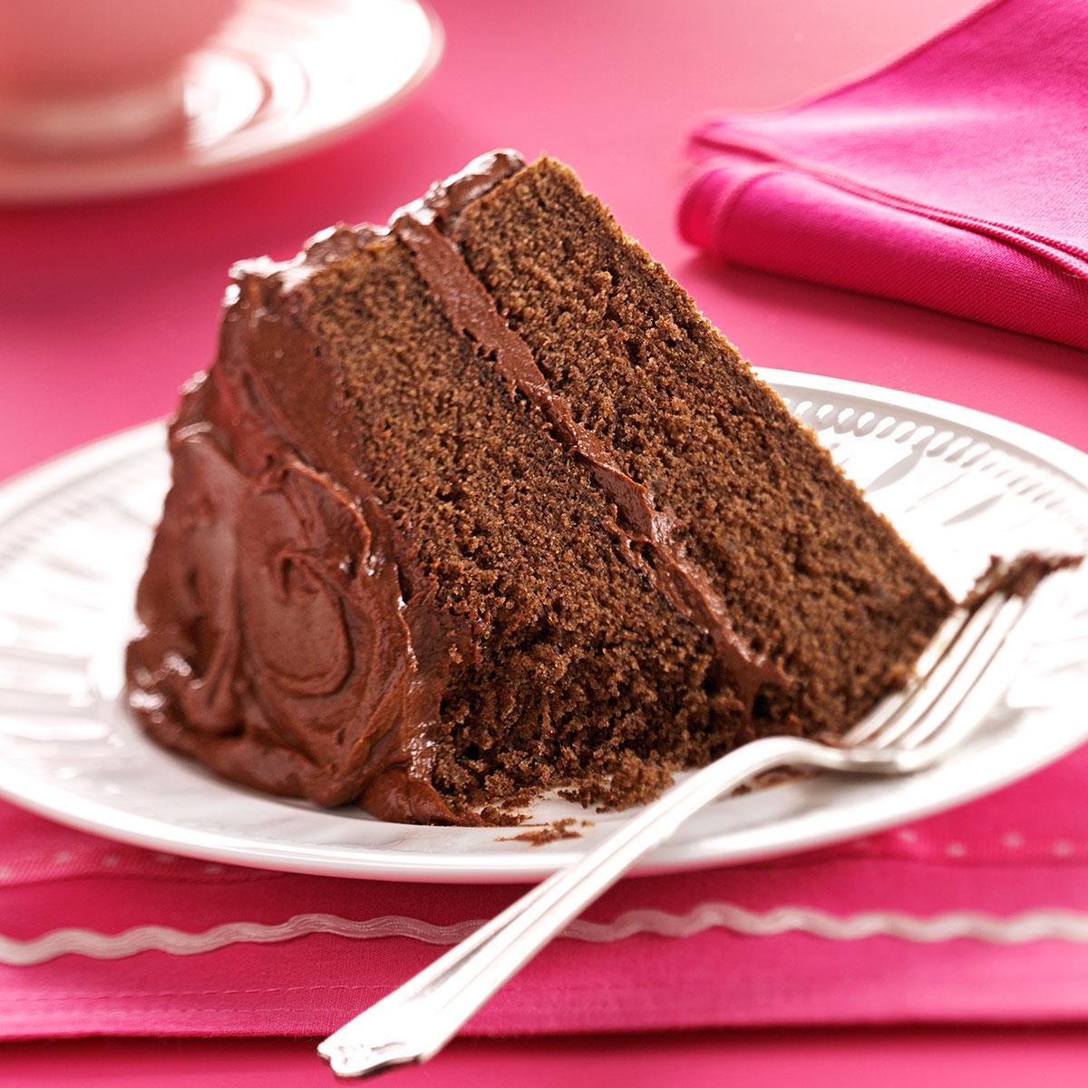 Devil 39 s food cake with chocolate fudge frosting recipe taste of home - Herve cuisine cake chocolat ...