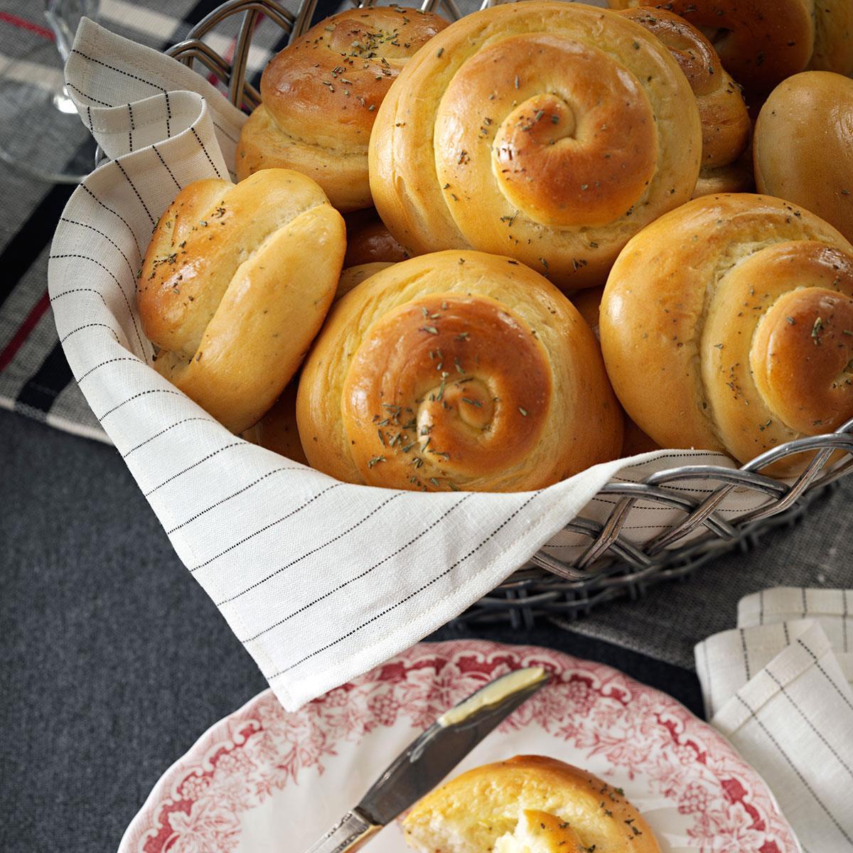 Grandmas rosemary dinner rolls recipe taste of home forumfinder Images