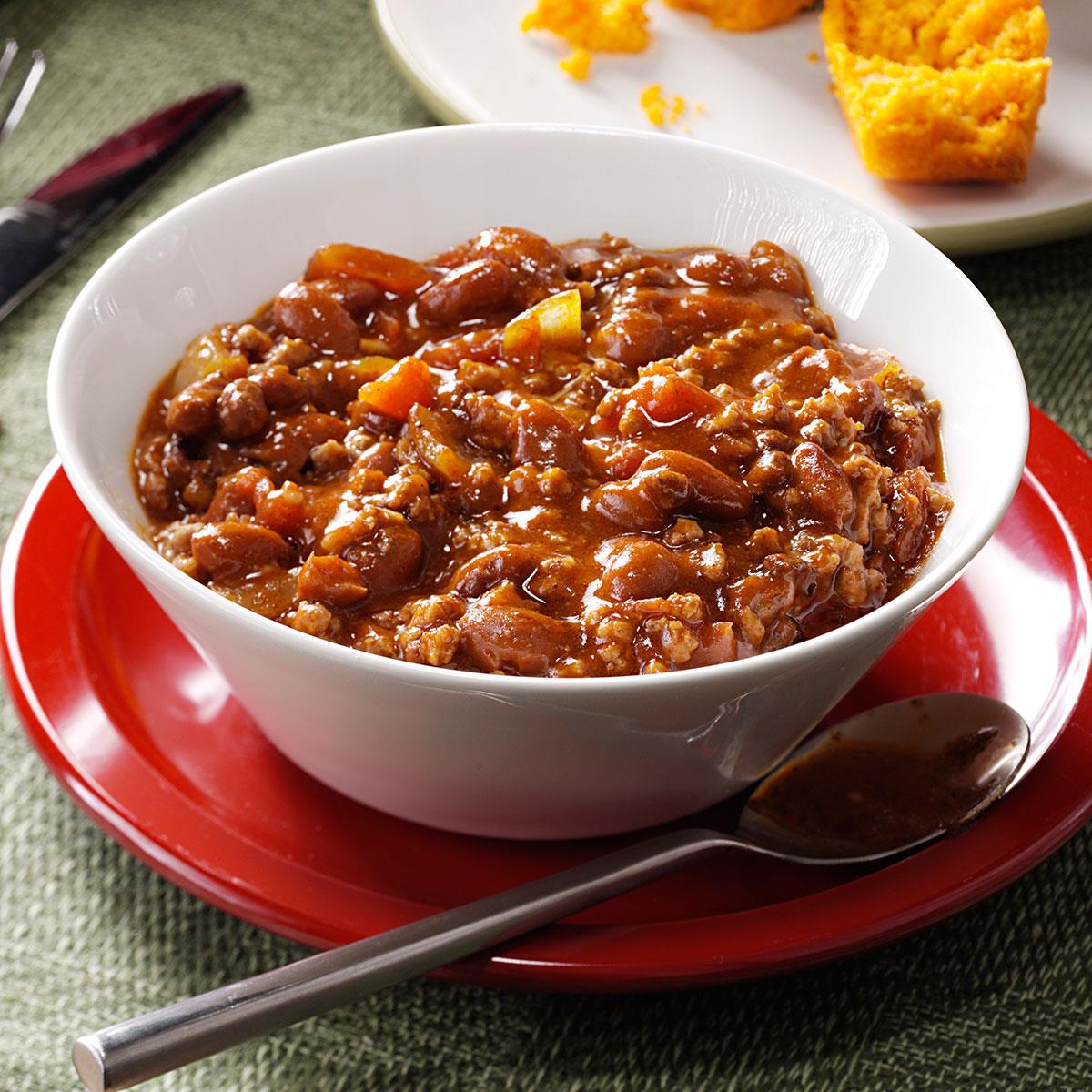 Hearty Beef & Bean Chili Recipe