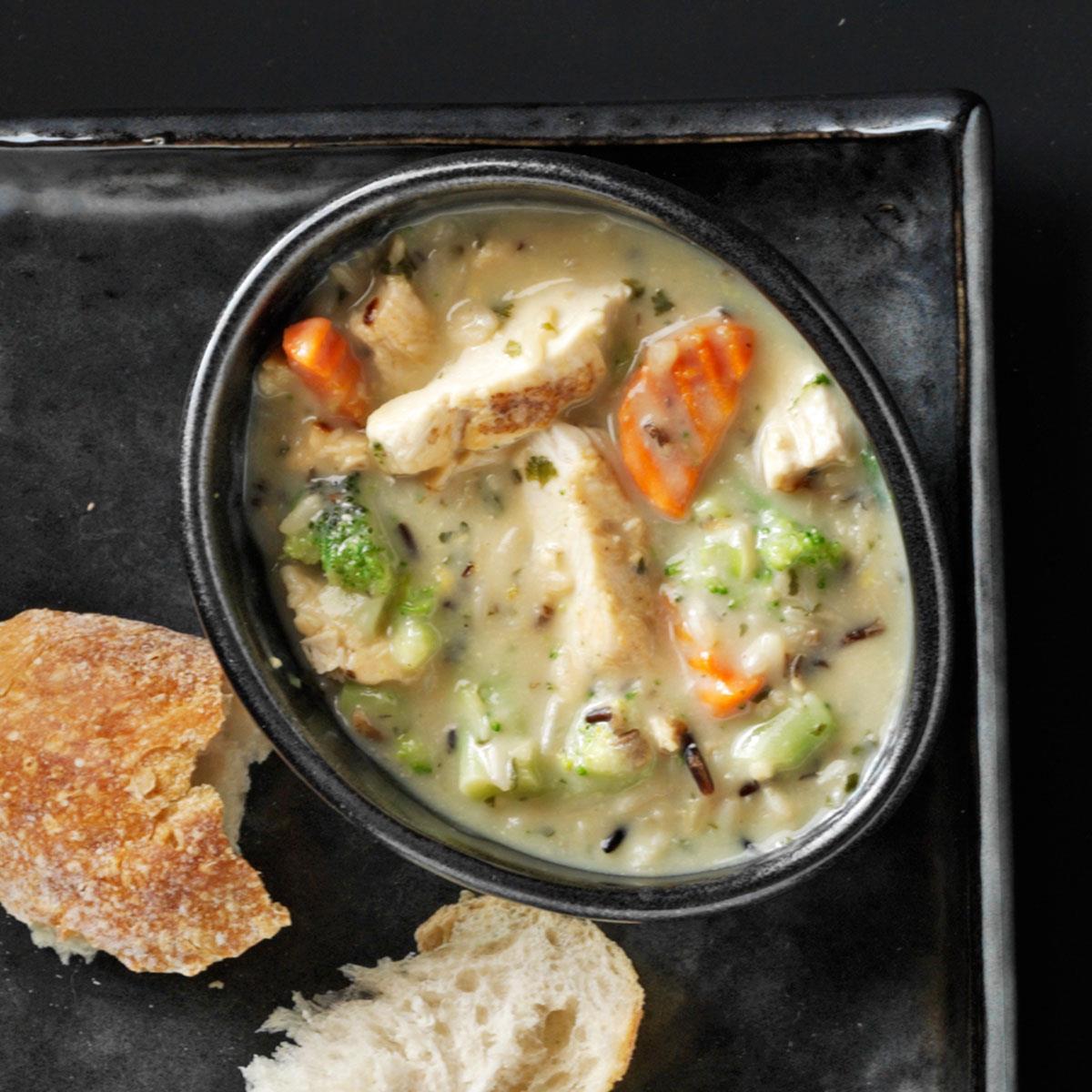 Hearty Chicken & Wild Rice Soup Recipe