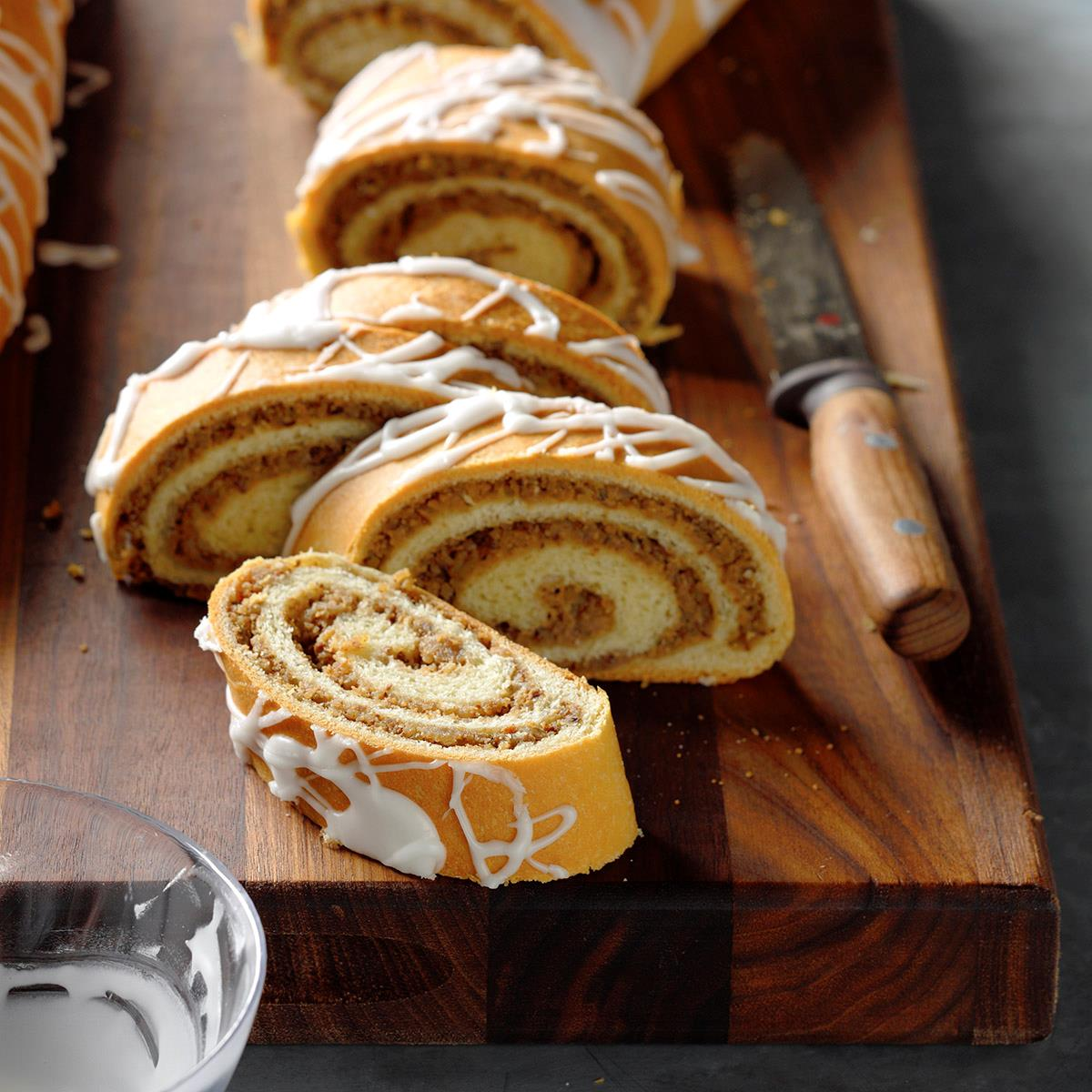 Hungarian Nut Rolls Recipe Taste Of Home
