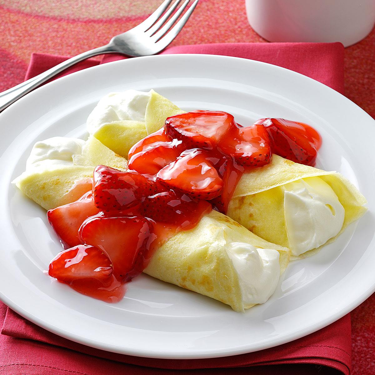 Strawberries and Cream Crepes   Get Inspired Everyday!   Strawberry And Cream Crepes