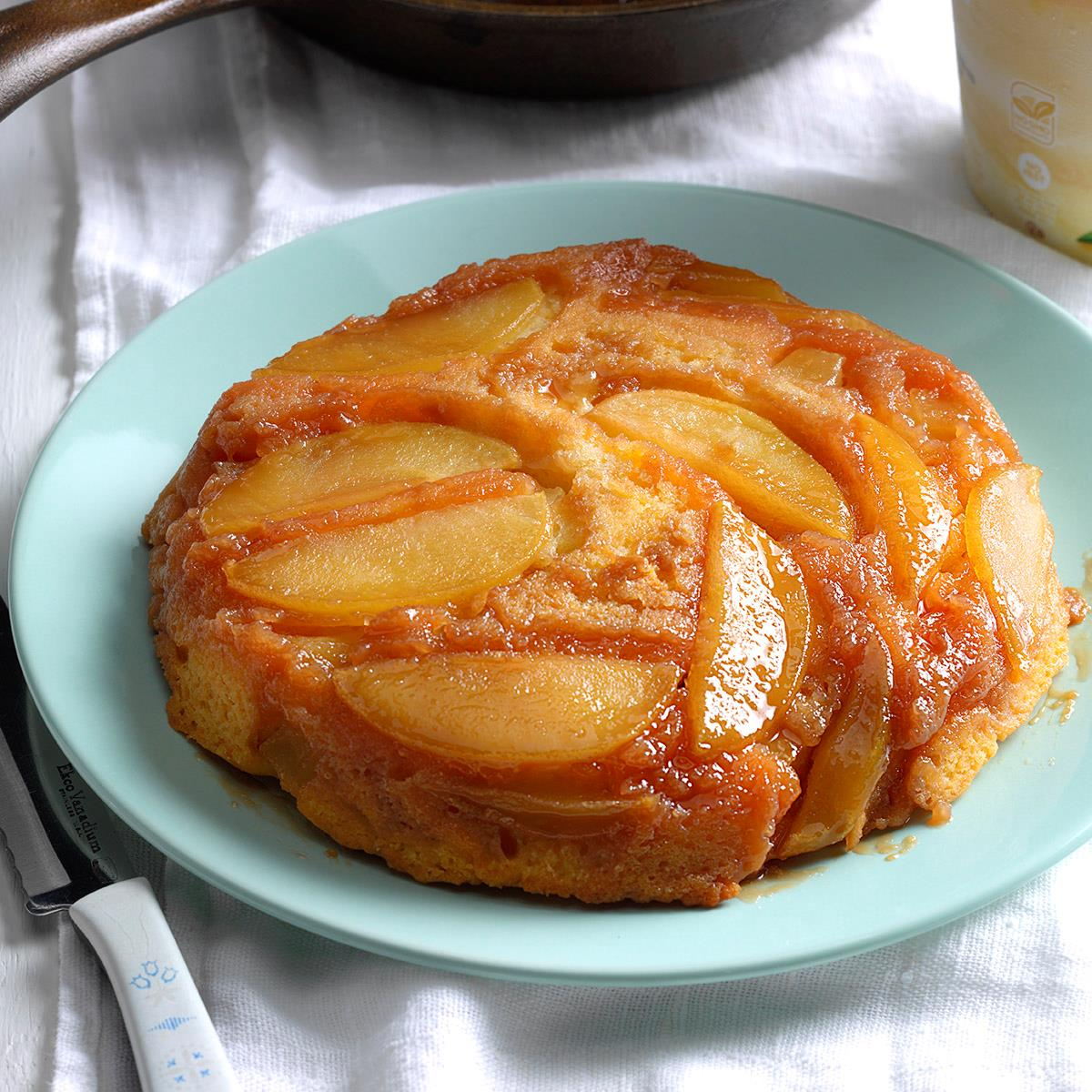 apple upside down cake apple cake with butterscotch topping recipe 1351
