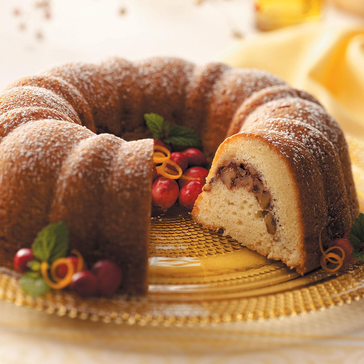 Cranberry Walnut Bundt Cake With Sour Cream