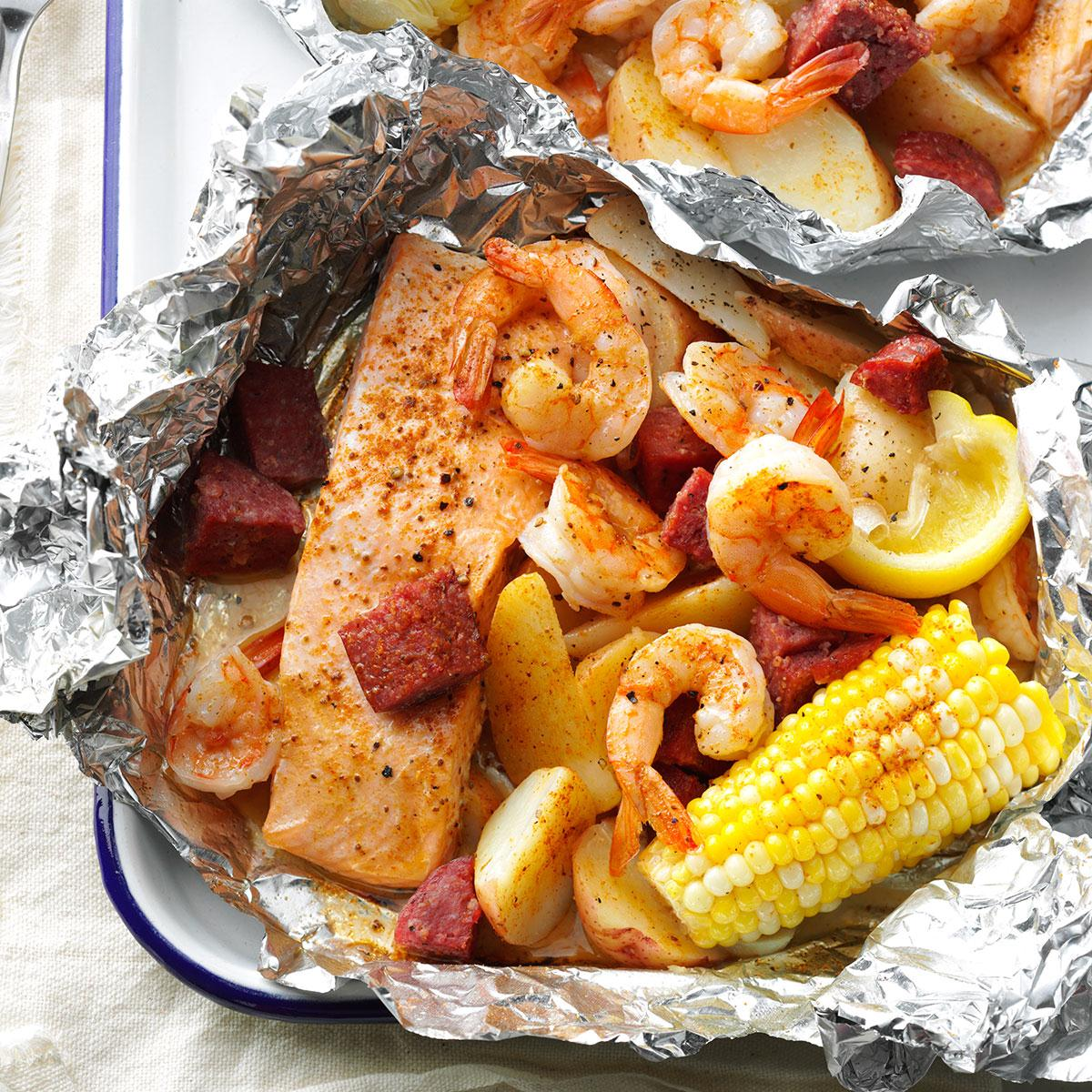 45 Easy Camping Recipes: Cajun Boil On The Grill Recipe