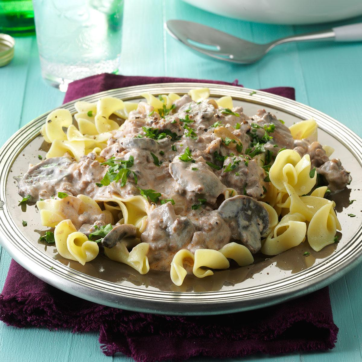 Ground Beef Recopes: Slow Cooker Ground Beef Stroganoff Recipe