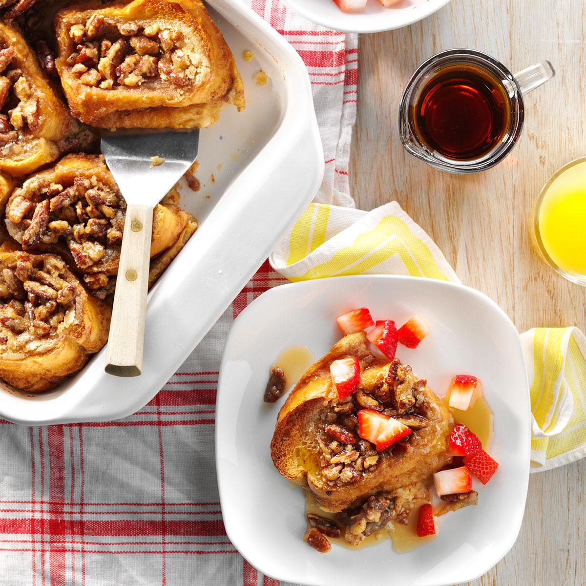 Baked french toast with strawberries recipe taste of home for Easy breakfast in bed ideas