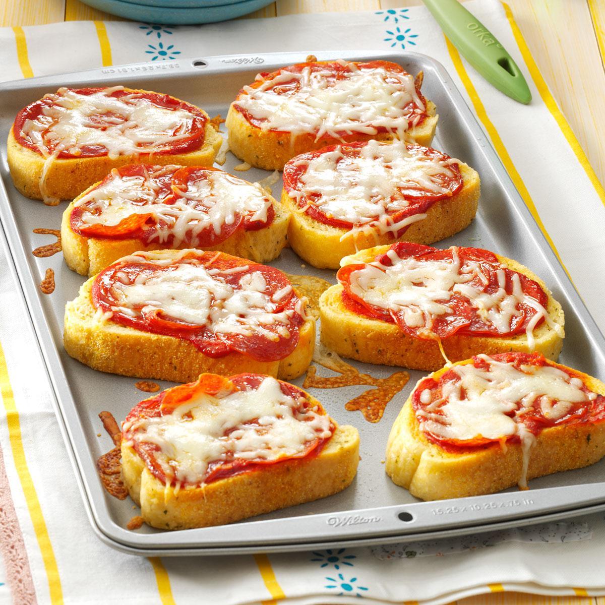 Garlic Toast Pizzas Recipe