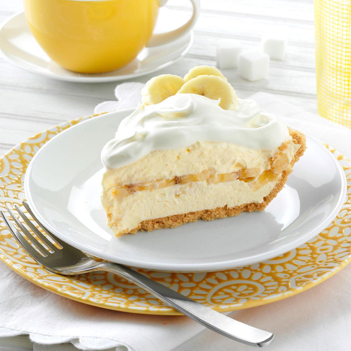 Favorite Banana Cream Pie Recipe  Taste Of Home-4438