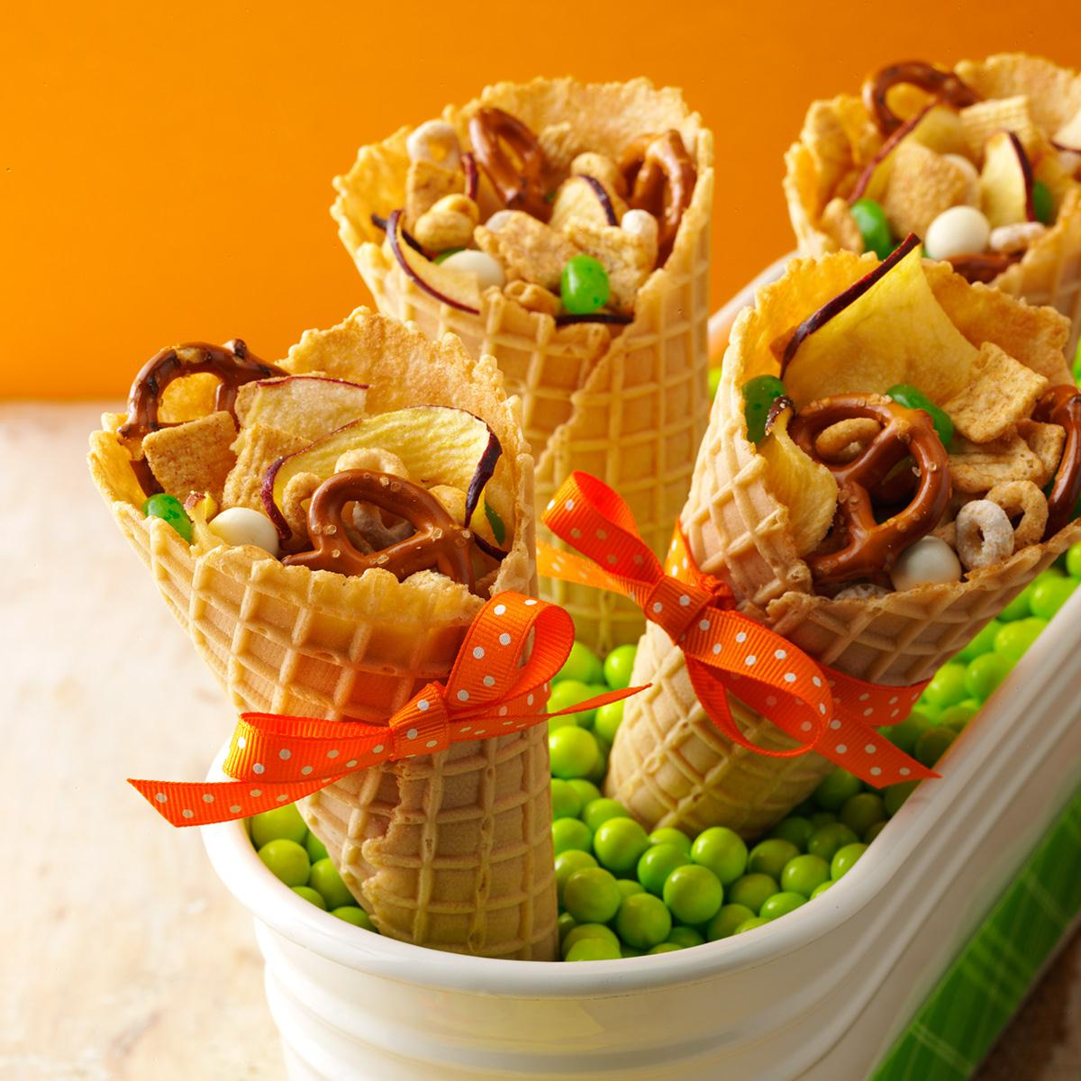 Apple snack mix recipe taste of home for Halloween cooking ideas for preschool