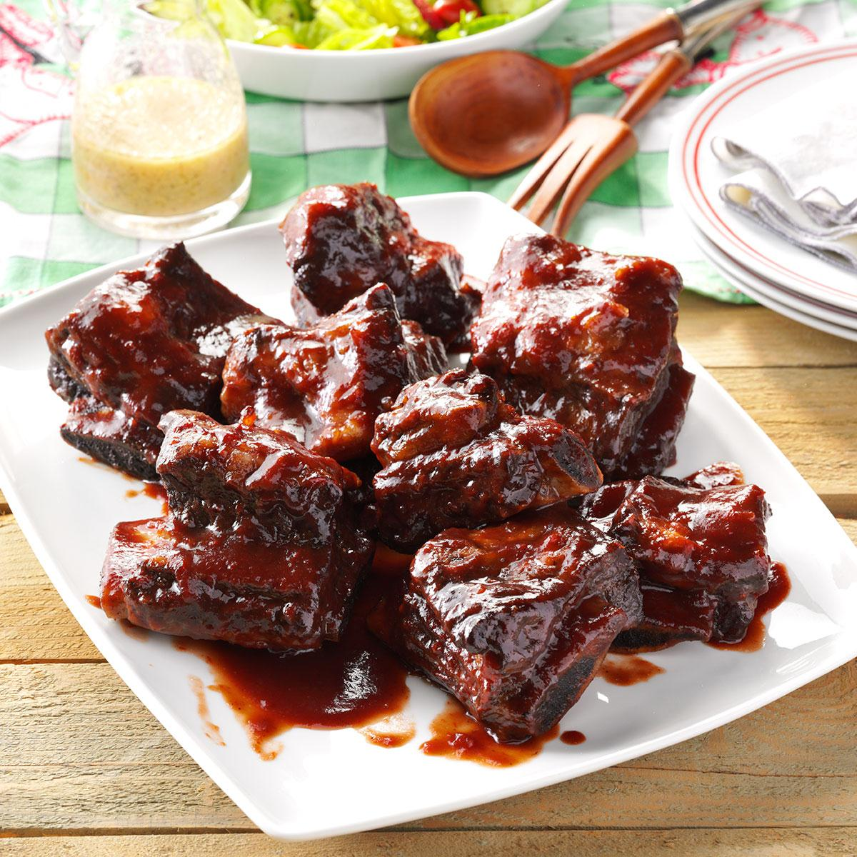 Barbecued beef ribs recipe taste of home for Bbq boneless short ribs