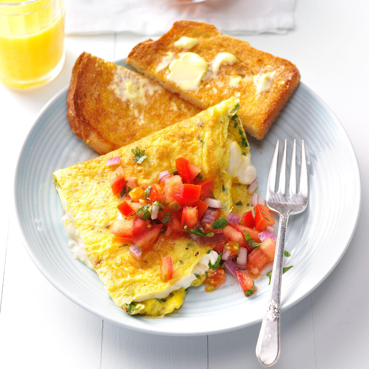 Easy Breakfast Dish: Cream Cheese & Chive Omelet Recipe