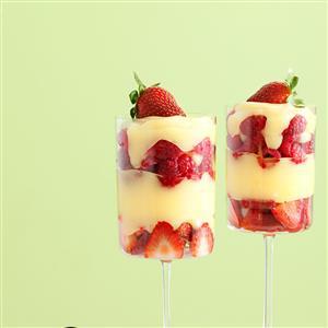 Amaretto Custard Berry Parfaits Recipe
