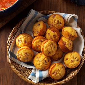 Bacon-Pimiento Cheese Corn Muffins Recipe