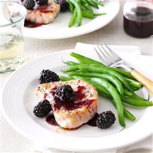 Blackberry-Sauced Pork Chops Recipe