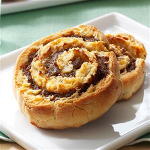 Buttermilk Biscuit Sausage Pinwheels Recipe