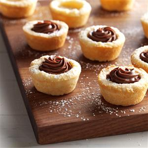 Buttery Ganache Cookie Cups Recipe