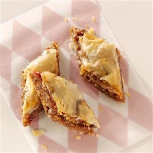Buttery Rhubarb Baklava Recipe