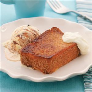 Caramelized Angel Food Cake Sundaes Recipe