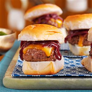 Cheddar & Onion Beef Sliders Recipe