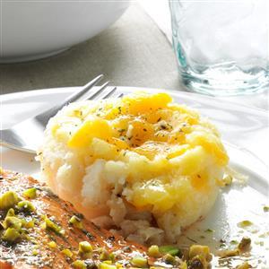 Cheesy Mashed Potato Cups Recipe