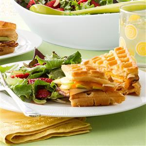 Chicken & Apple Waffle Sandwiches Recipe
