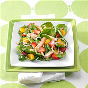 Chicken & Fruit Spinach Salads Recipe