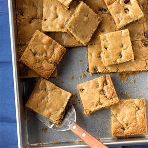 Chocolate Chip Cookie Blondies Recipe