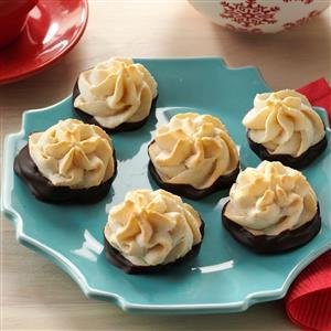 Chocolate-Dipped Hazelnut Macaroons Recipe