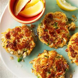 Classic Crab Cakes Recipe