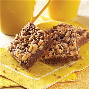 Coconut Chip Nut Bars Recipe