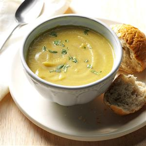 Coconut Curry Cauliflower Soup Recipe