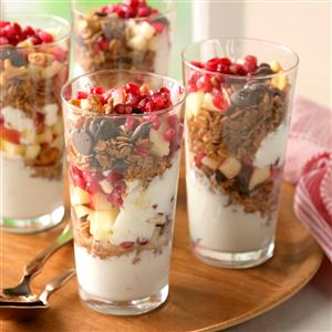 Coconut-Granola Yogurt Parfaits