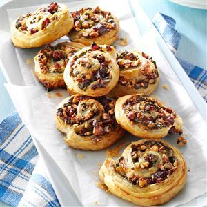 Cranberry Brie Pinwheels Recipe