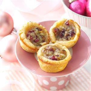 Cranberry-Pear Cookie Cups Recipe
