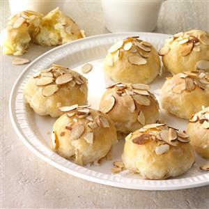 Creamy Lemon Almond Pastries Recipe