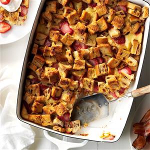Creamy Strawberry French Toast Bake Recipe