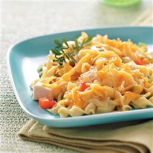 Comforting Chicken Noodle Casserole Recipe