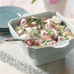 Creamed Garden Potatoes and Peas Recipe