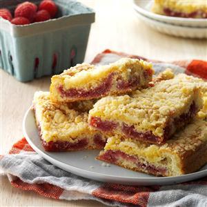 Crumb-Topped Raspberry Coffee Cake Recipe