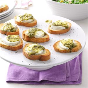 Pesto-Goat Cheese Toasts Recipe
