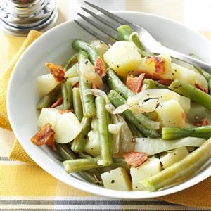Easy Beans & Potatoes with Bacon Recipe