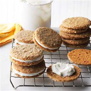 Easy Oatmeal Cream Pies Recipe