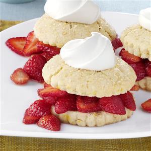 Fresh Berry Shortcakes Recipe