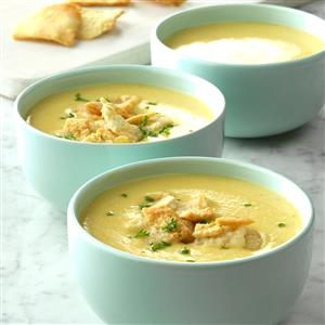 Garlicky Cheddar Cheese Bisque Recipe