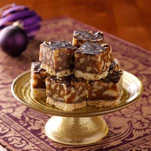 Golden Walnut Caramel Squares Recipe