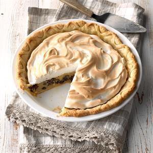 Grandma's Sour Cream Raisin Pie Recipe