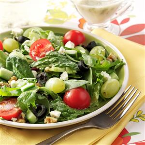 Greek Salad with Green Grapes Recipe