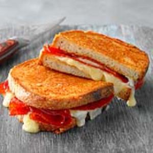 Grilled Cheese and Pepperoni Sandwich Recipe